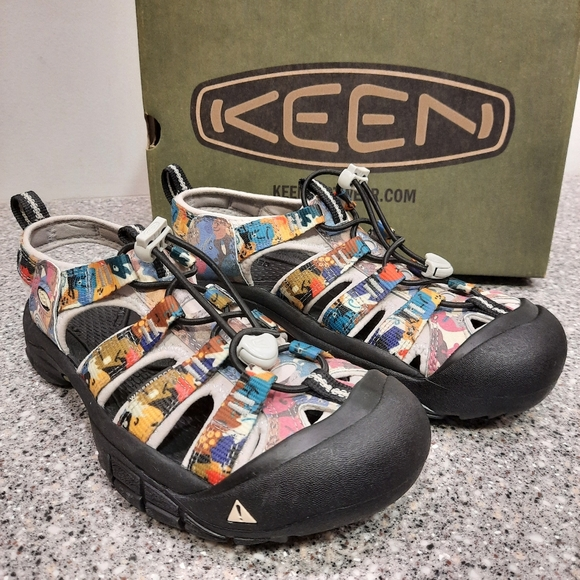 SOLD! Keen Newport H2 Limited Edition Faces Sandal